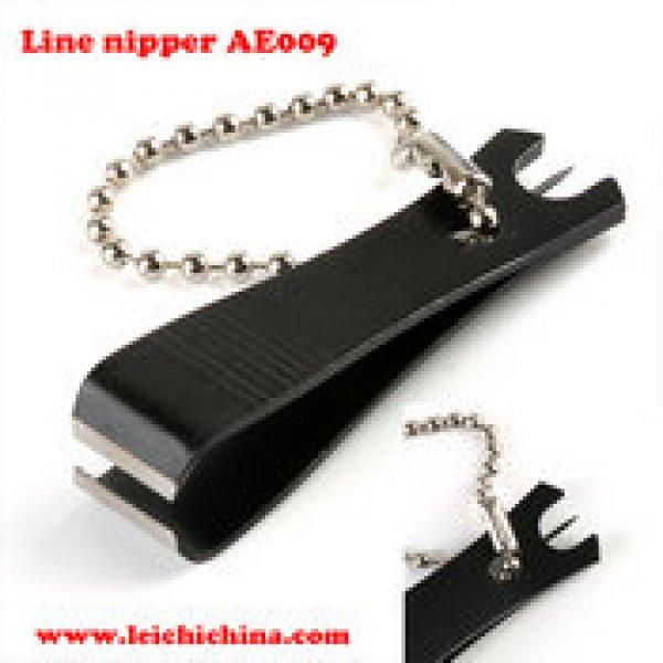 line snip with needle AE009