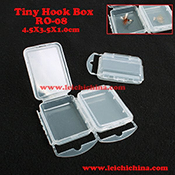 Tiny fishing hook and beads and accesories box RO-08
