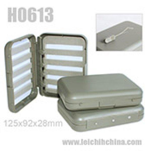 Fly box with threader holder H0613