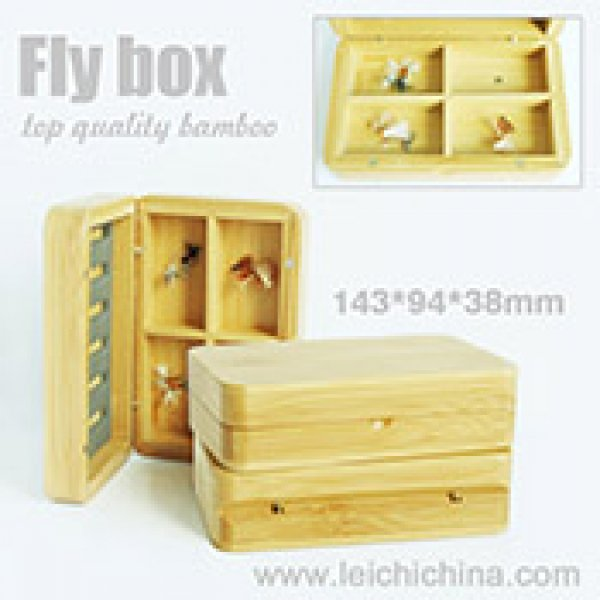 bamboo fly box compartment